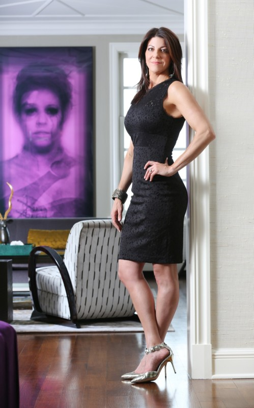 Donna black dress